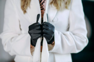 When & Why Should You Wear Nitrile Gloves